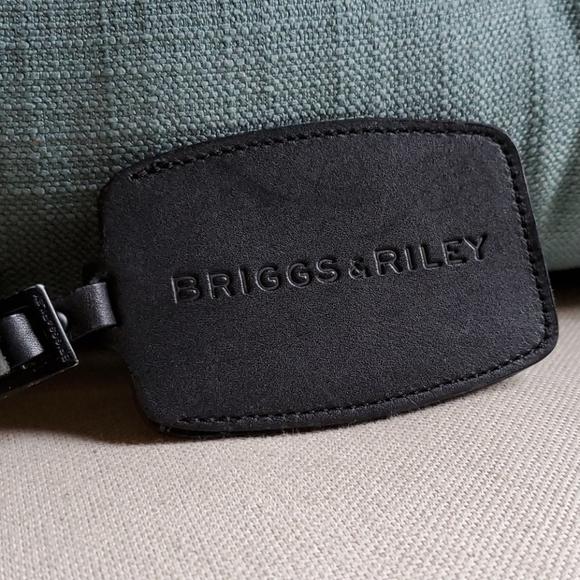 Briggs & Riley Bag Tag,Black,Leather, Concealed ID